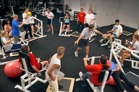 Rutina circuito 30 minutos de ejercicio a tope for Gimnasio 30 minutos