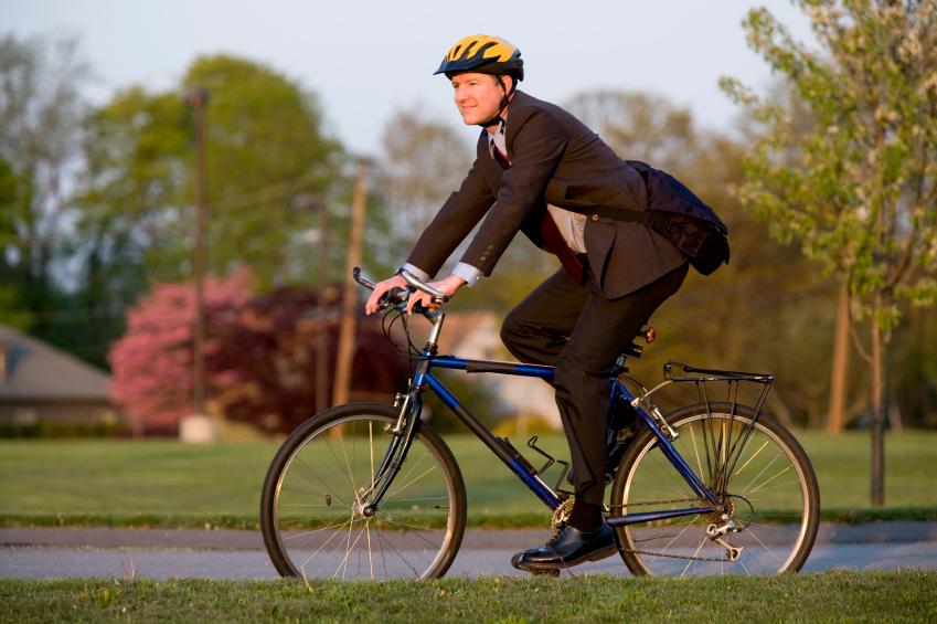Usa la bicicleta para ir al trabajo