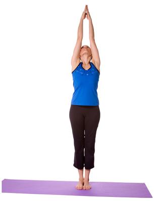 posicion tadasana bikram yoga